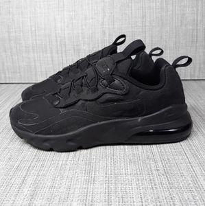 Nike Air Max 270 Triple Black sneakers Sz 2Y